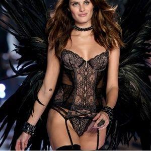Victoria Secret Lingerie Bustier Corset   36C